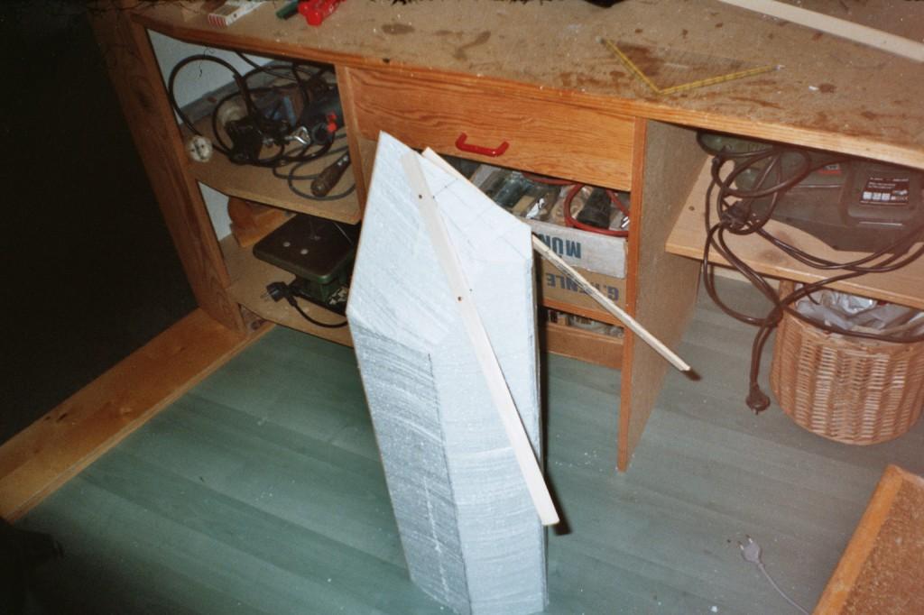Karpfen Futterboot bauen 8