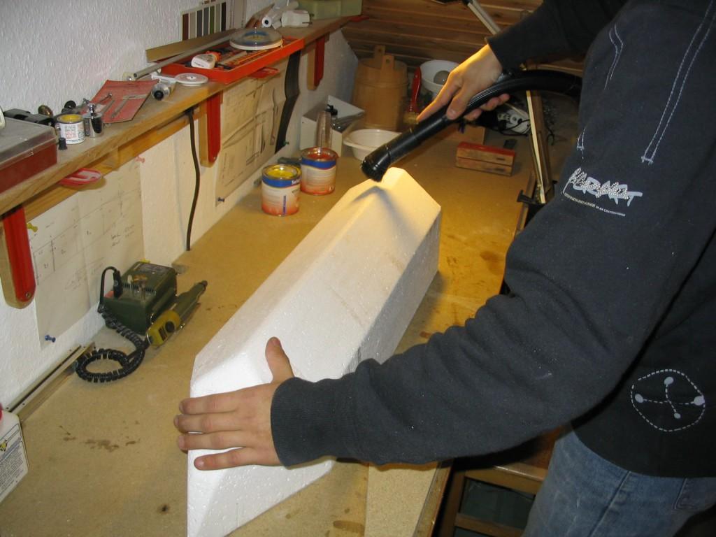 Karpfen Futterboot bauen 9